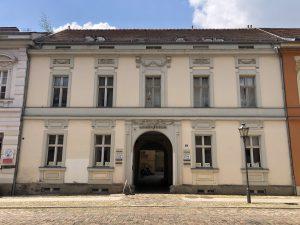 Gebäude der ZeM-Geschäftsstelle in Potsdam